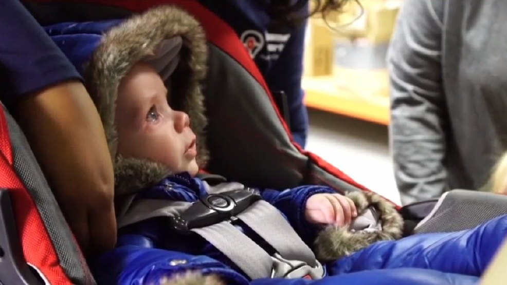 c66e9ae2b59c Winter coats pose threat to children in car seats