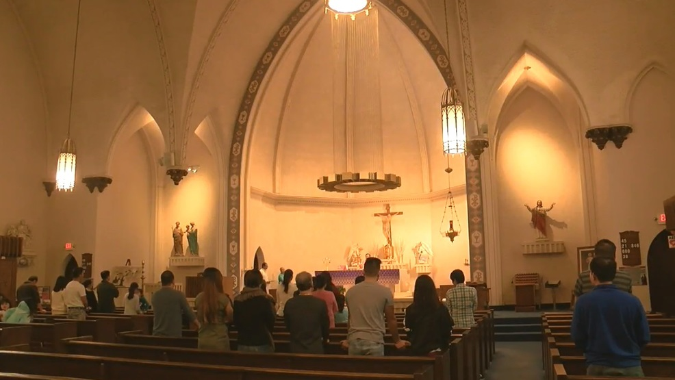 Spanish, Vietnamese Catholic masses merge with English-speaking