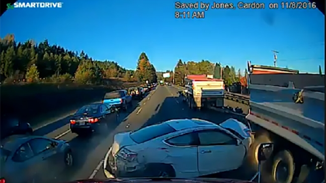 WATCH: Swerving car triggers 4-vehicle crash on westbound I-90
