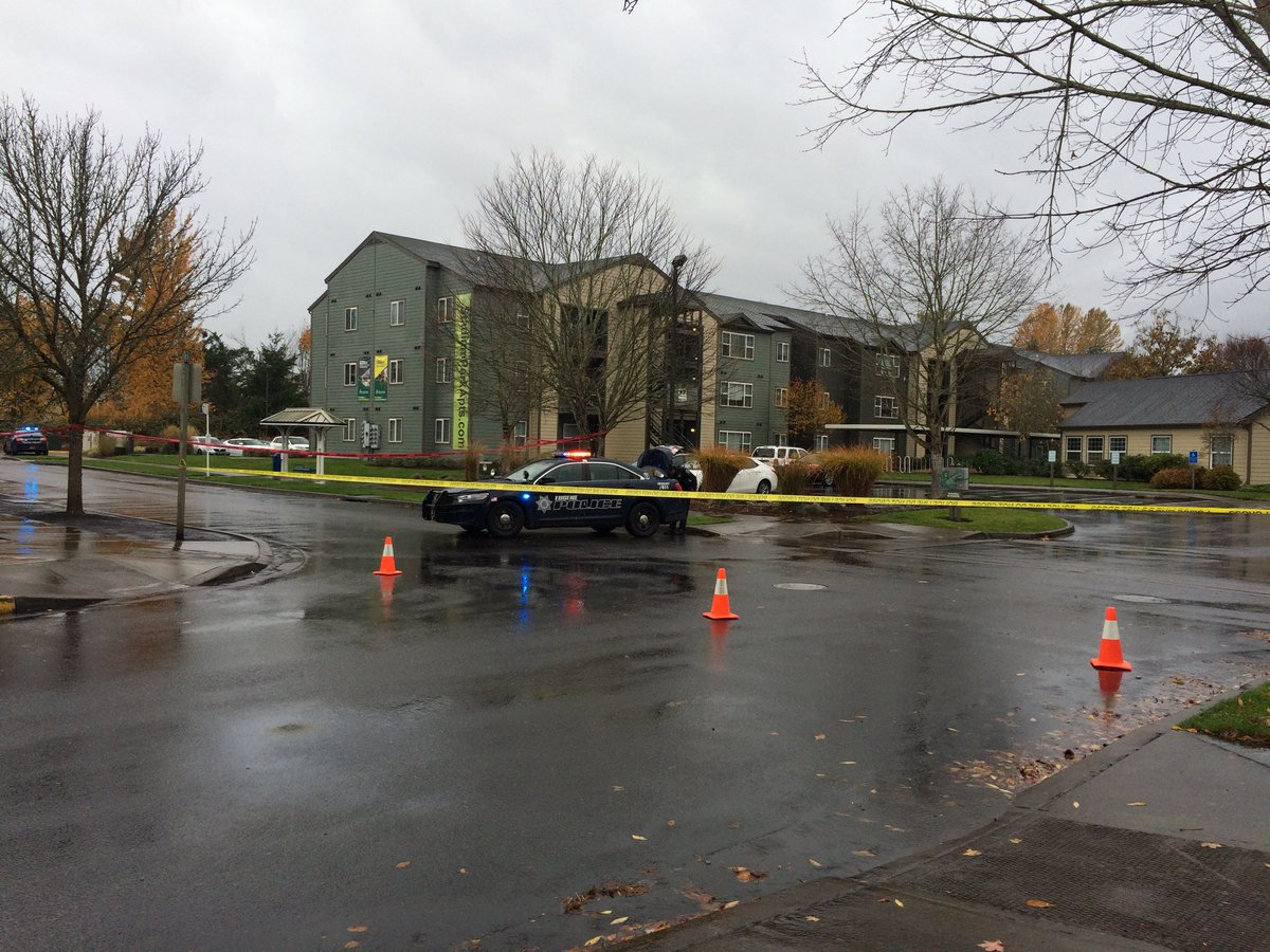 The situation started at 11:33 a.m. with a report of gunfire between two cars in the parking lot at the O Bar on Commons Drive, according to police. (SBG)