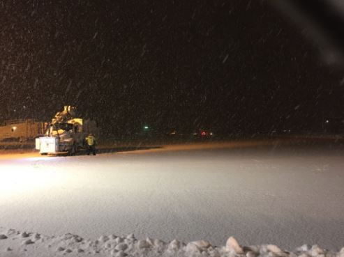 Minnesota Vikings plane slides off taxiway at Wisconsin's Appleton