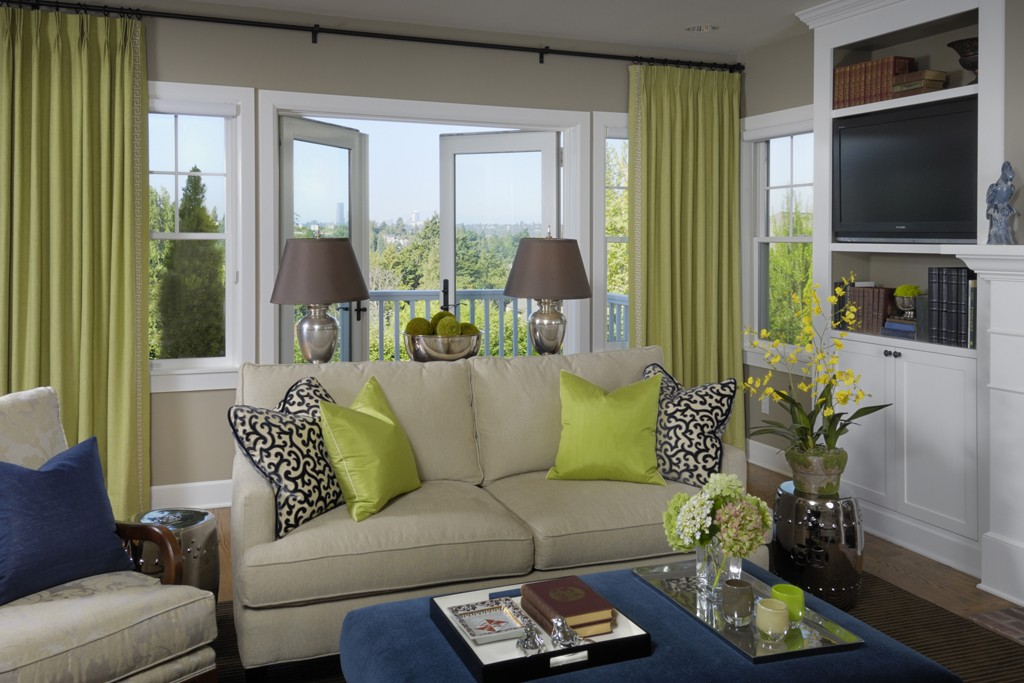 This Mercer Island project was completed by Graciela Rutkowski Interiors.  (Image: Mercer Island Home / Porch.com)