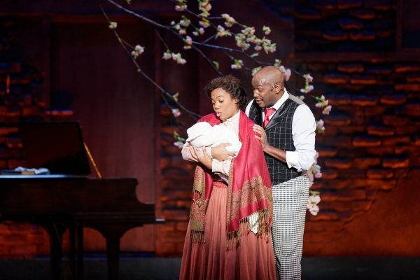 Danyel_Fulton_as_Sarah_and_Douglas_Lyons_as_Coalhouse_Walker__Jr__in_Ragtime_-_Photo_Credit_Mark_Kitaoka-600x400.jpg