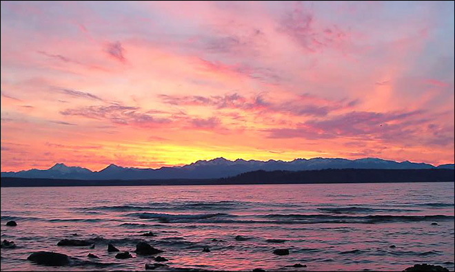 Edmonds Sunset (Photo: Jonathan Cooper)