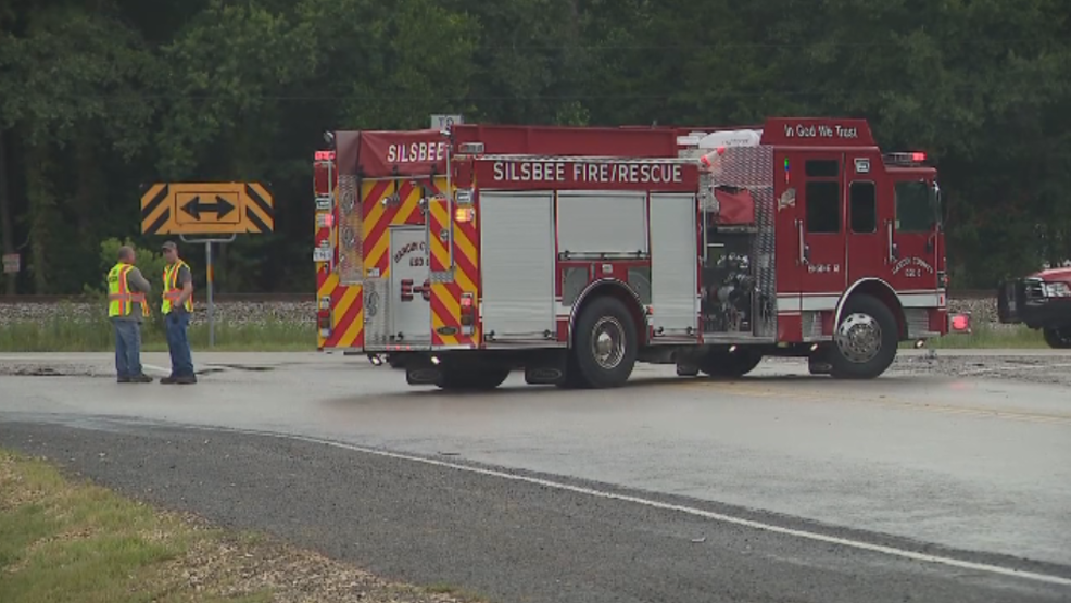 Firefighter Hit While Working Accident Scene In Silsbee Woai