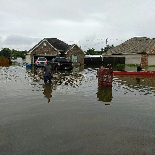 Flooding around the home of Heaven Daniels' father in Dickinson, Texas, August 28, 2017. (Photos courtesy of James Tutson)