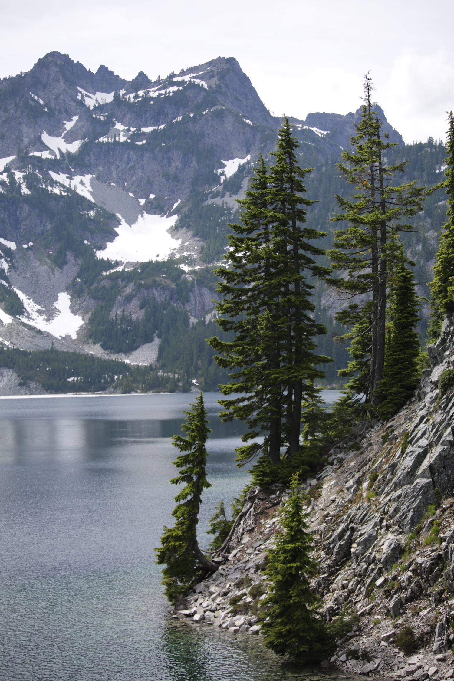 Snow Lake (Image:{ }Lisette Wolter-McKinley)