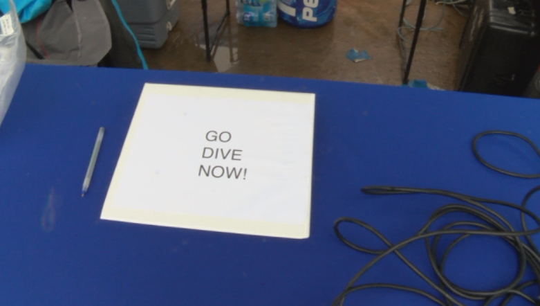 Go Dive Now teamed up with the aquarium and a few local dive shops to teach people the basics of scuba diving.