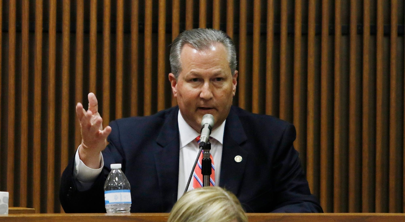 Mike Hubbard takes the stand Alabama Speaker Mike Hubbard Trial on Tuesday, June 7, 2016  in Opelika, Ala. (Todd J. Van Emst/Opelika-Auburn News/Pool)