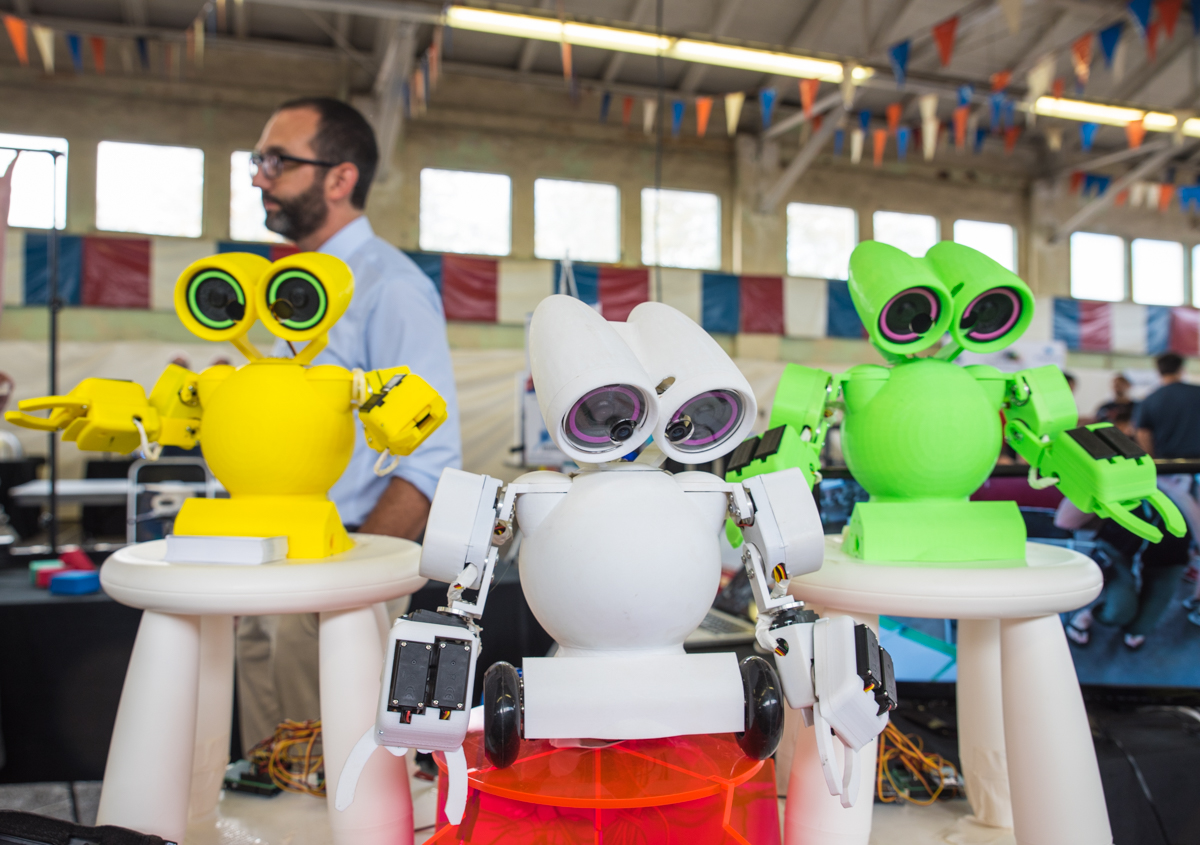 The Cincinnati Mini Maker Faire (organized by the Cincinnati Museum Center) was held over the weekend of October 7 and 8, 2017 at the Hamilton County Fairgrounds. Creators from various fields converged to show off what they've made, with no shortage of inventive, useful tools as well as fun, artistic projects. ADDRESS: 7801 Anthony Wayne Ave (45216) / Image: Sherry Lachelle Photography // Published: 10.8.17