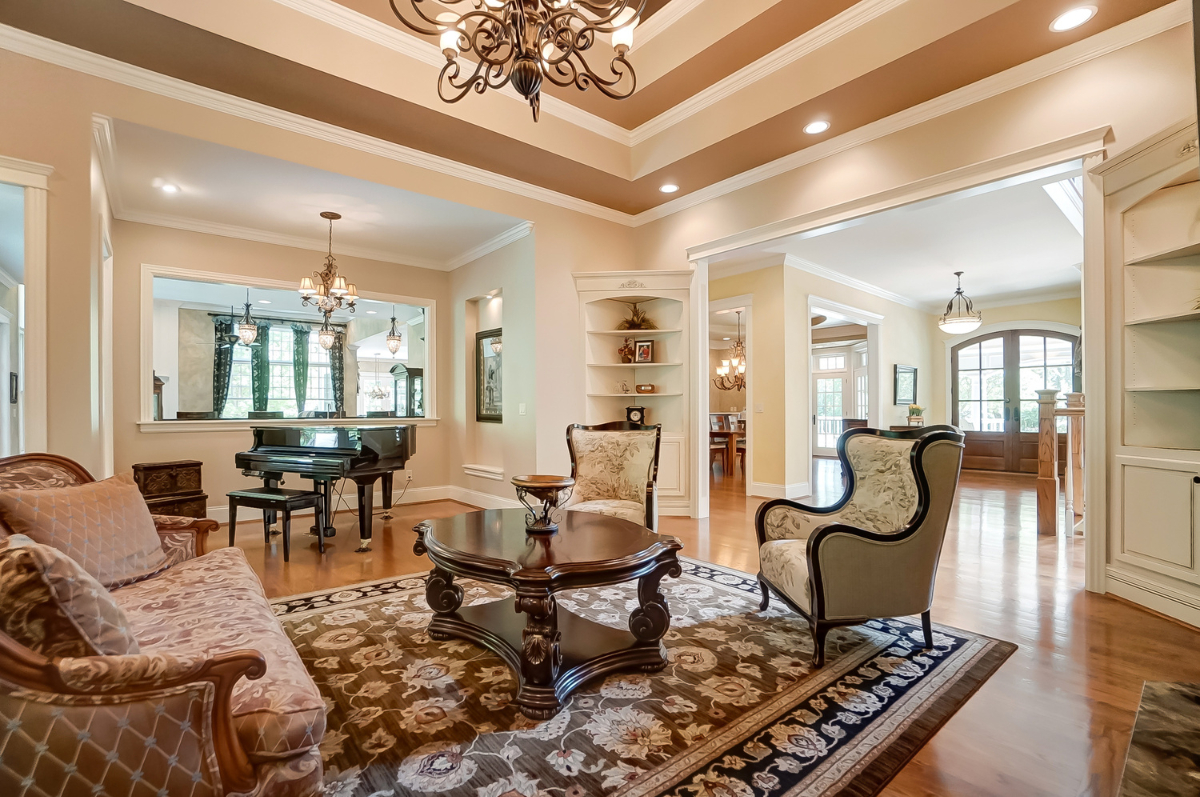 14 Creekside Drive in Indian Hill offers plenty of room to roam. The 8,428 square-foot home is nestled into rolling hills and trees on a lot that is just over three acres and overlooks the lake at Peterloon Estate. Custom-built in 2007, it is chock full of amenities and boasts five generously-sized bedrooms and five and a half luxurious baths. At the time of this writing, the sale of the property is pending after being listed at $2,349,000. / Image courtesy of Wow Video Tours via Michael Franz of Coldwell Banker West Shell-Hyde Park // Published: 9.7.20
