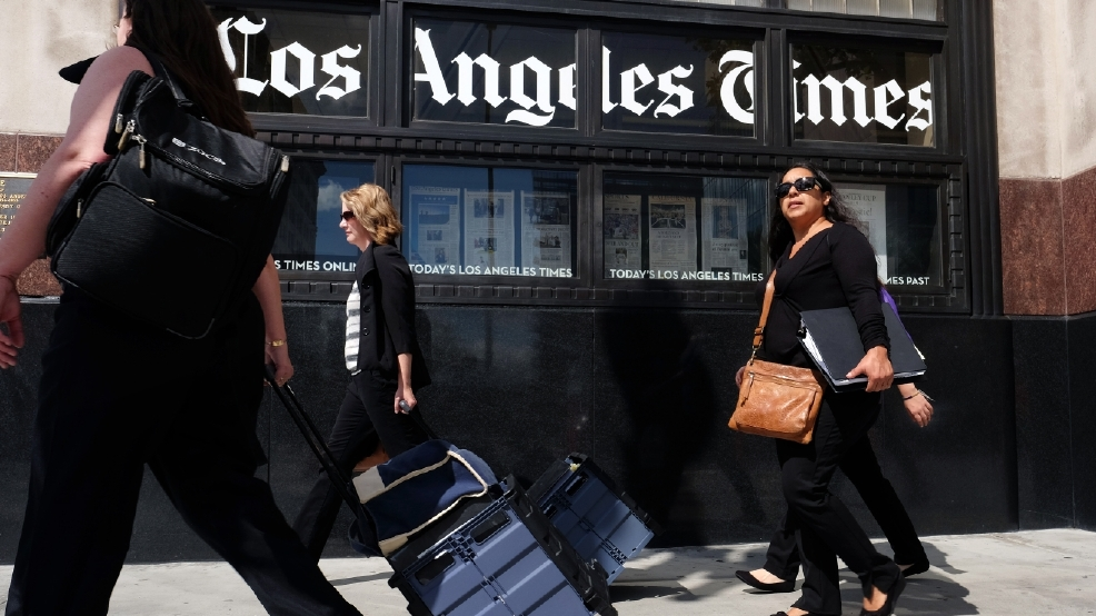 USA Today owner Gannett bids for LA Times publisher Tribune
