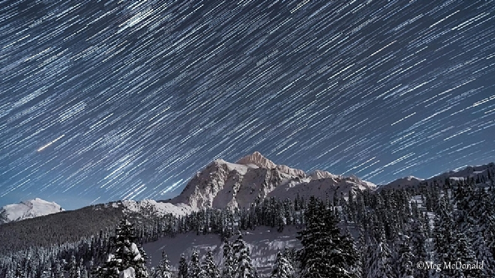 Watch: Stars, moon light up Mount Shuksan