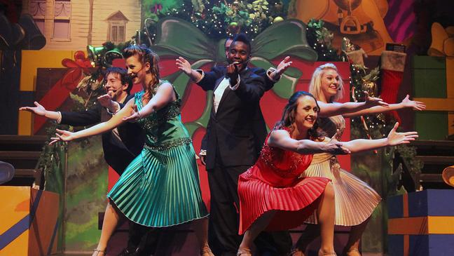 JOY – A Holiday Spectacular show delights guests at Gaylord National Resort