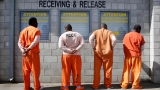 California to free 9,500 inmates in 4 years in effort to ease prison crowding