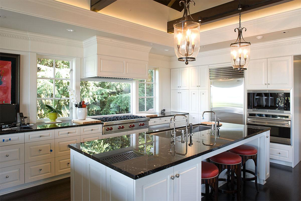 This Magnolia project was completed by Hyde Evans Design and cost $2.8 million.   (Image: Magnolia / Porch.com)