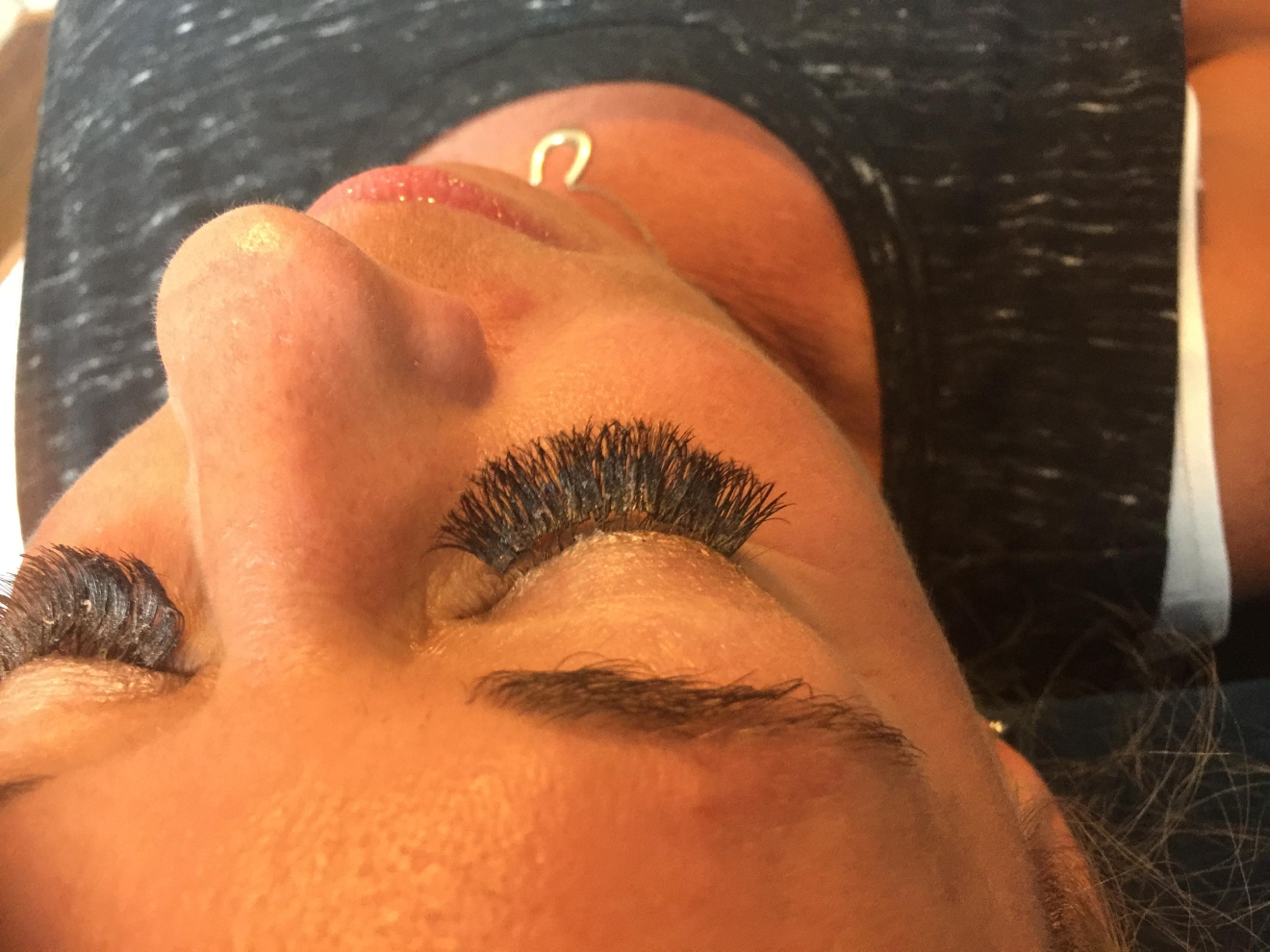 how to clean eyelash extensions with micellar water