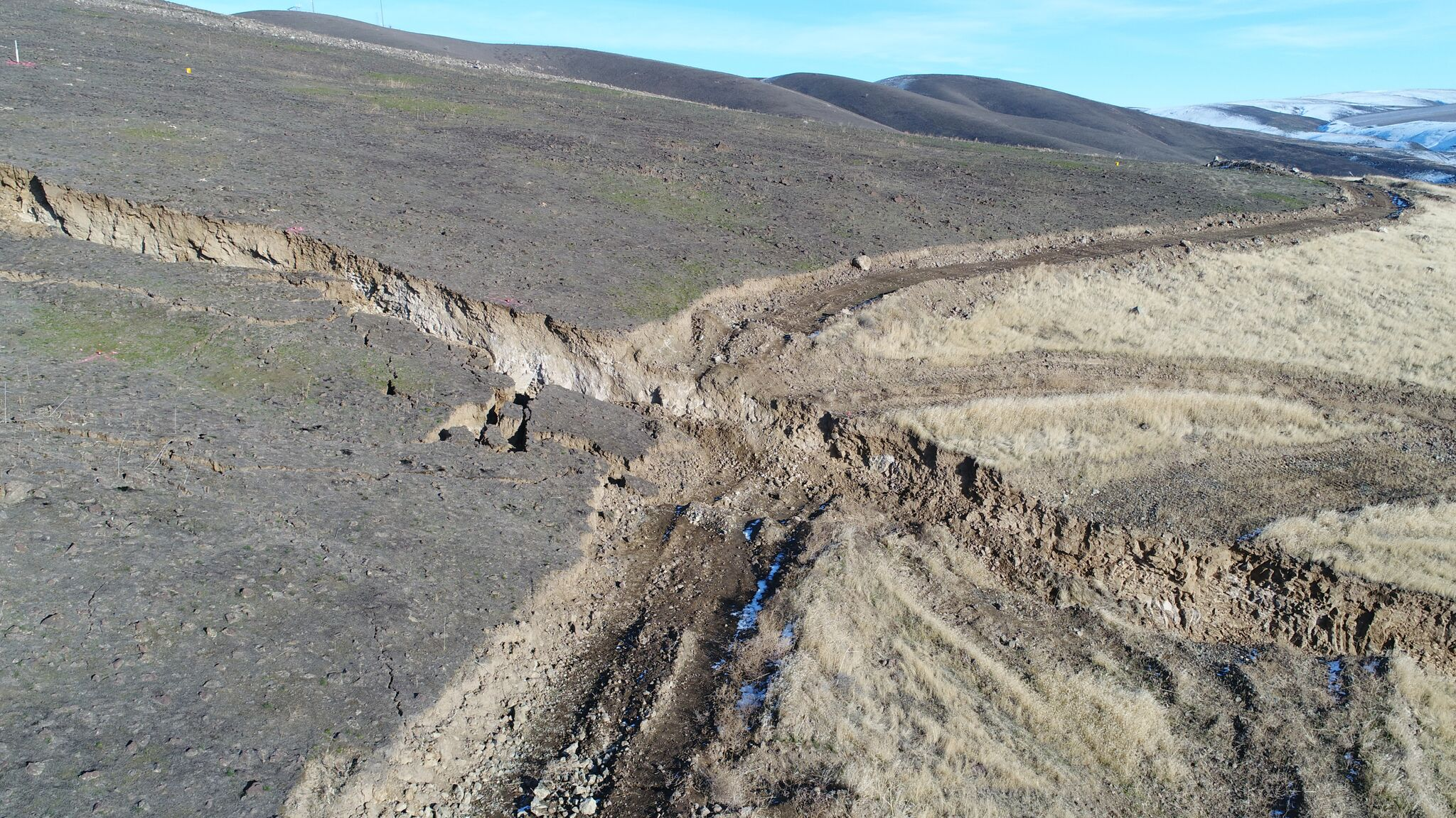 Rep. Newhouse urges for state of emergency declaration due to landslide (Photo: Steven Mack)<p></p>