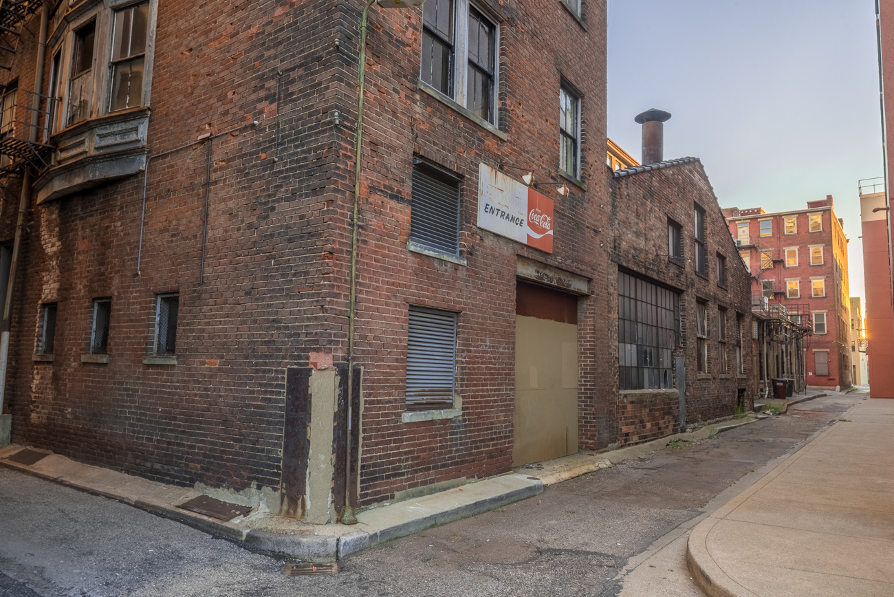 NAME: Elkins Alley / CONNECTS: Elm Street to Vine Street / NEIGHBORHOOD: Downtown / Image: Phil Armstrong, Cincinnati Refined