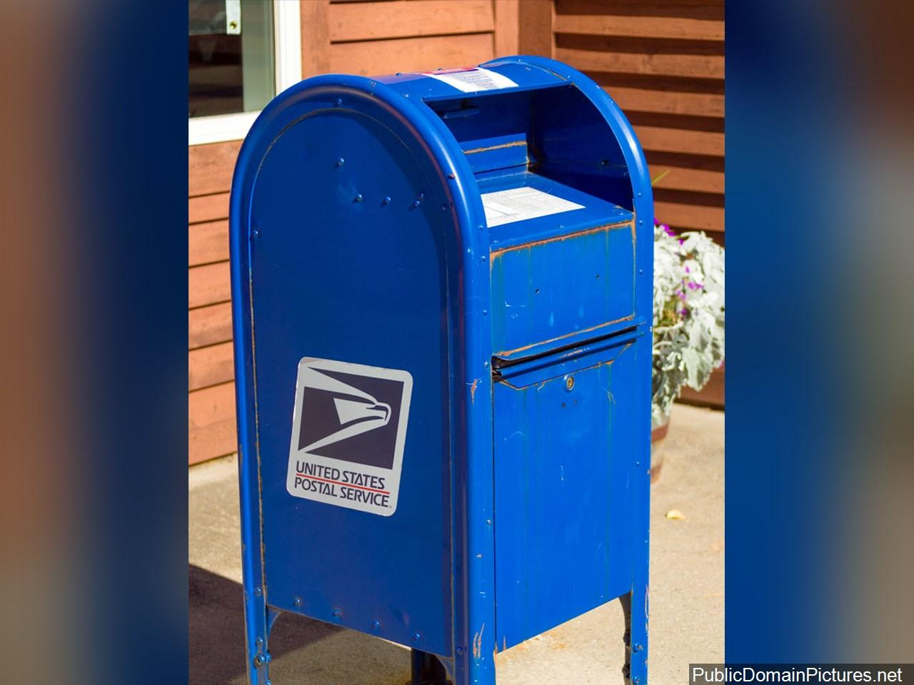 Former Moab postal employee pleads not guilty on theft charges of stolen greeting cards (Photo: Public Domain)