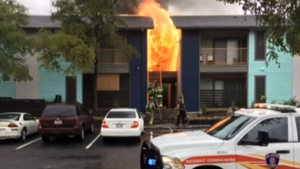 Firefighters Say Private Fire Hydrants Slowed Response To Major Apartment  Fire | WOAI