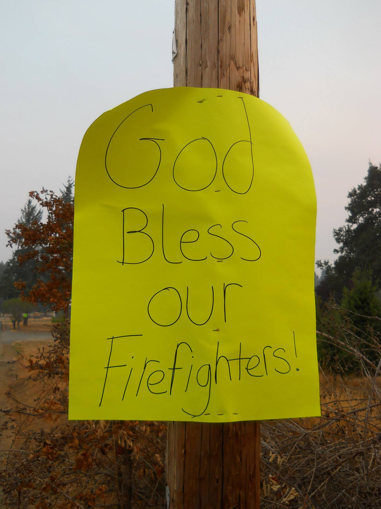 Oregonians have offered signs of support for the firefighters battling blazes in the Beaver State. Fire managers saw the crews see the signs - and that the messages help boost morale. (Photos via InciWeb and fire information websites)