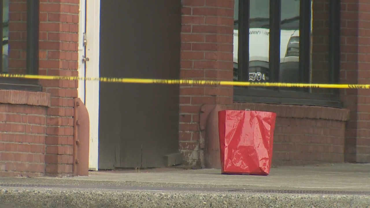 A suspicious package left by a Belltown bank robber closed several downtown streets Monday afternoon, (Photo: KOMO News/Air 4)