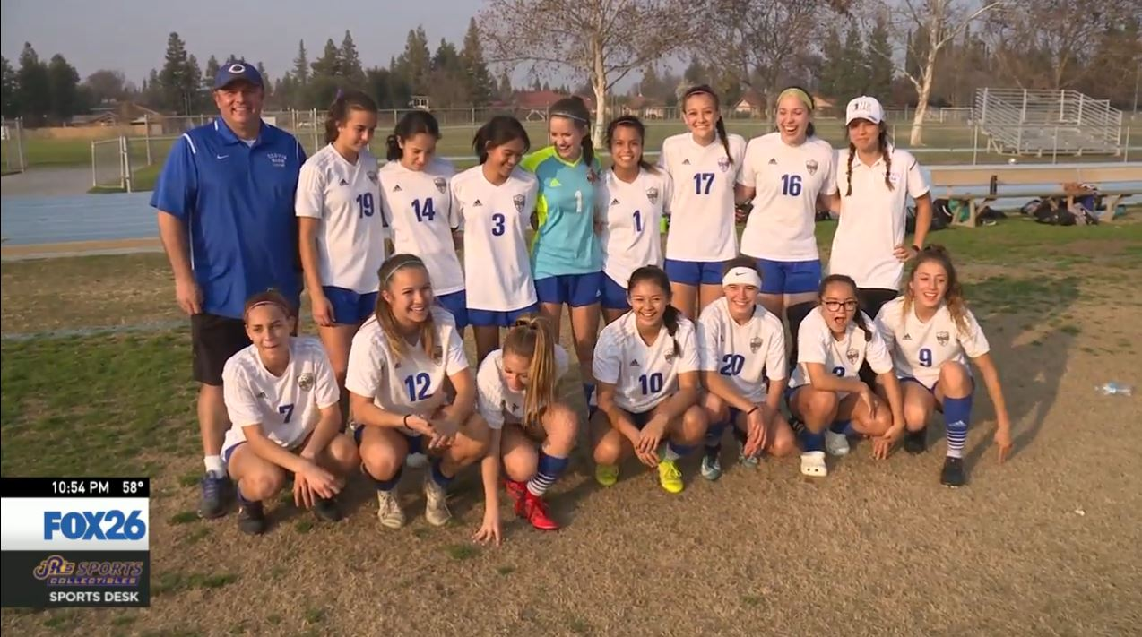 Clovis High girl's junior varsity soccer team was hoping to complete an unbeaten season Tuesday, but the ref never showed<p></p>