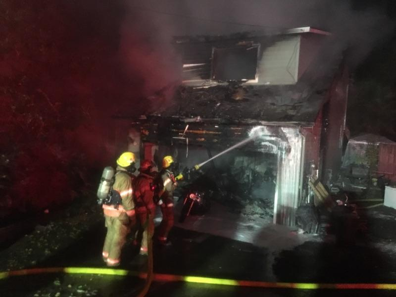 Roseburg Fire Department responds to structure fire on Sunday morning