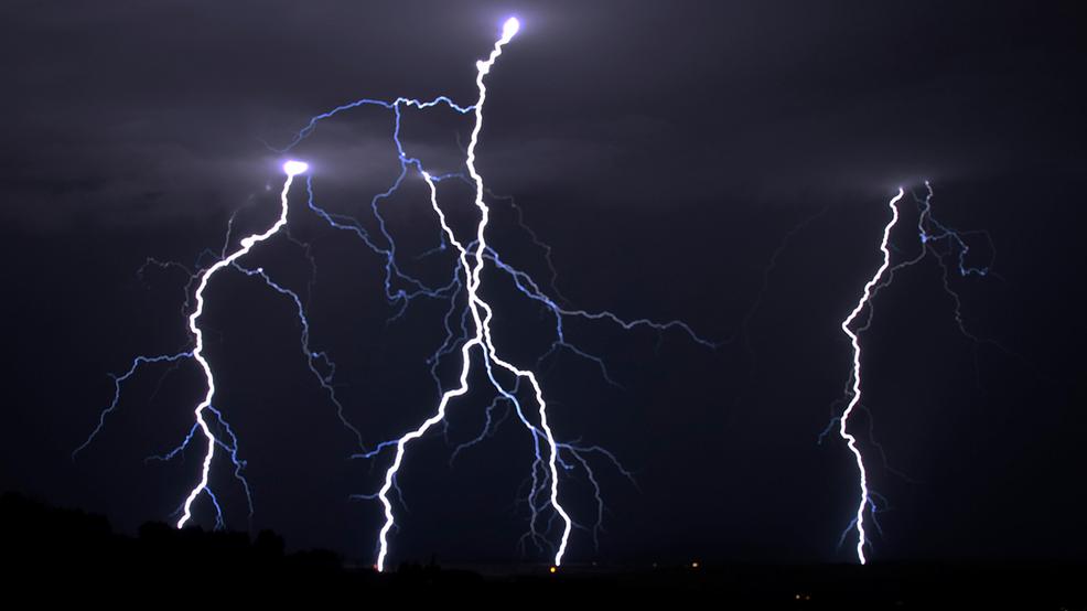 Lightning strike kills 16, injures 140 at church in Rwanda