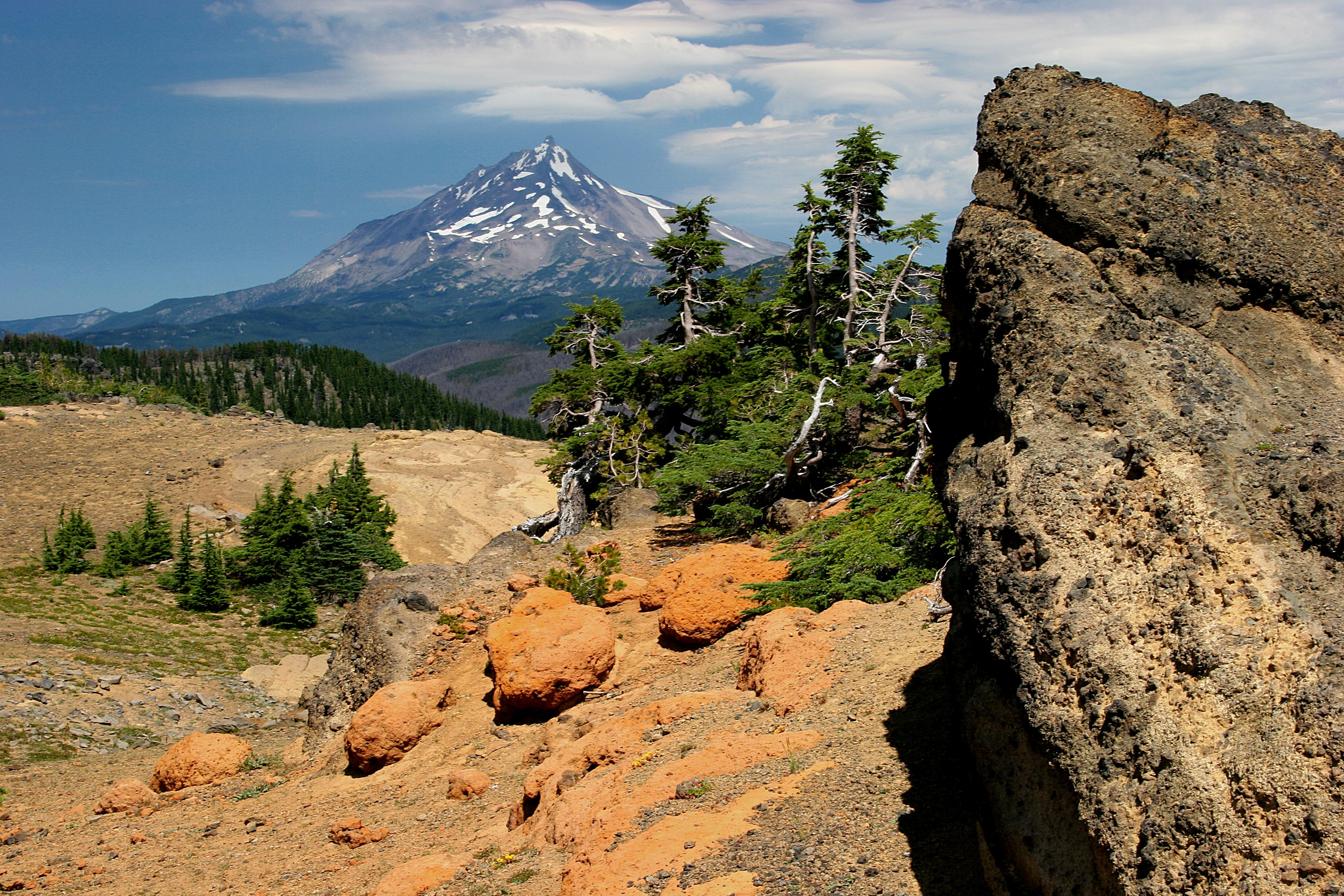 Mount Jefferson from Three Fingered Jack (USDA Forest Service)