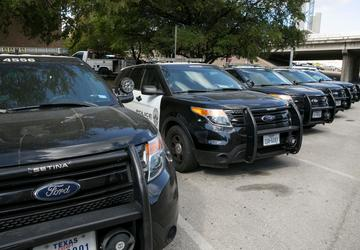 Ford repairs Austin police SUVs, but questions linger