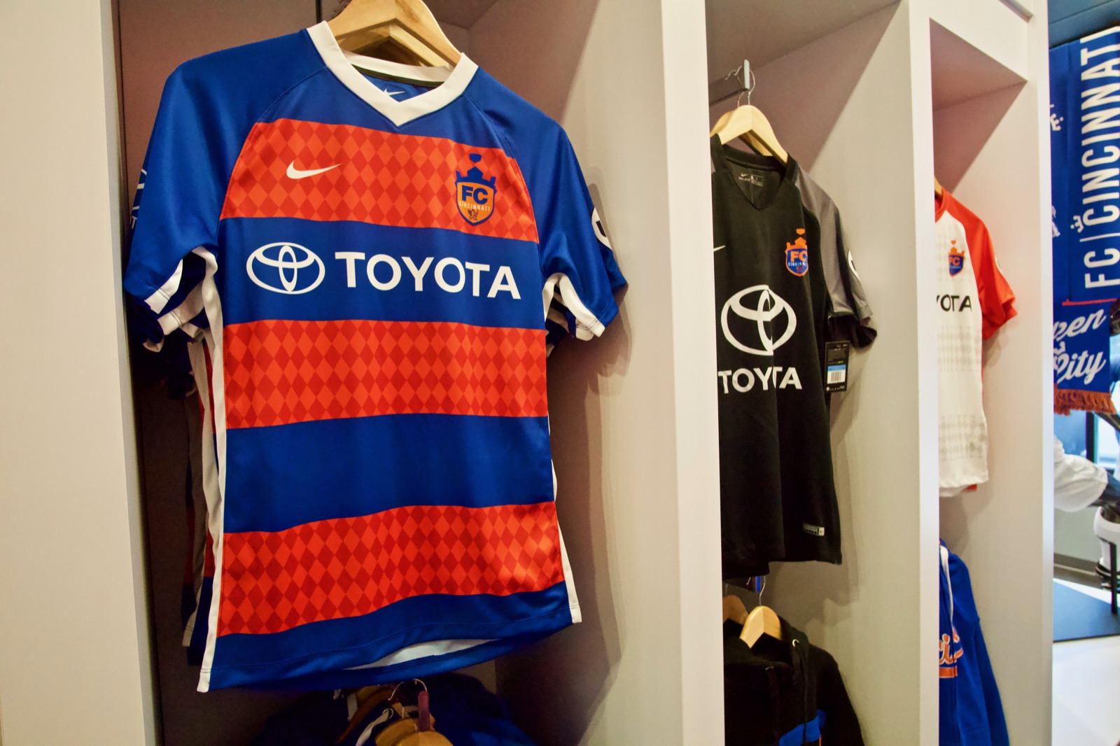 9d4bfb88b FC Cincinnati has used the lozenge on its uniforms and in marketing in the  past, and Shemony says that will continue — just not in the logo itself.