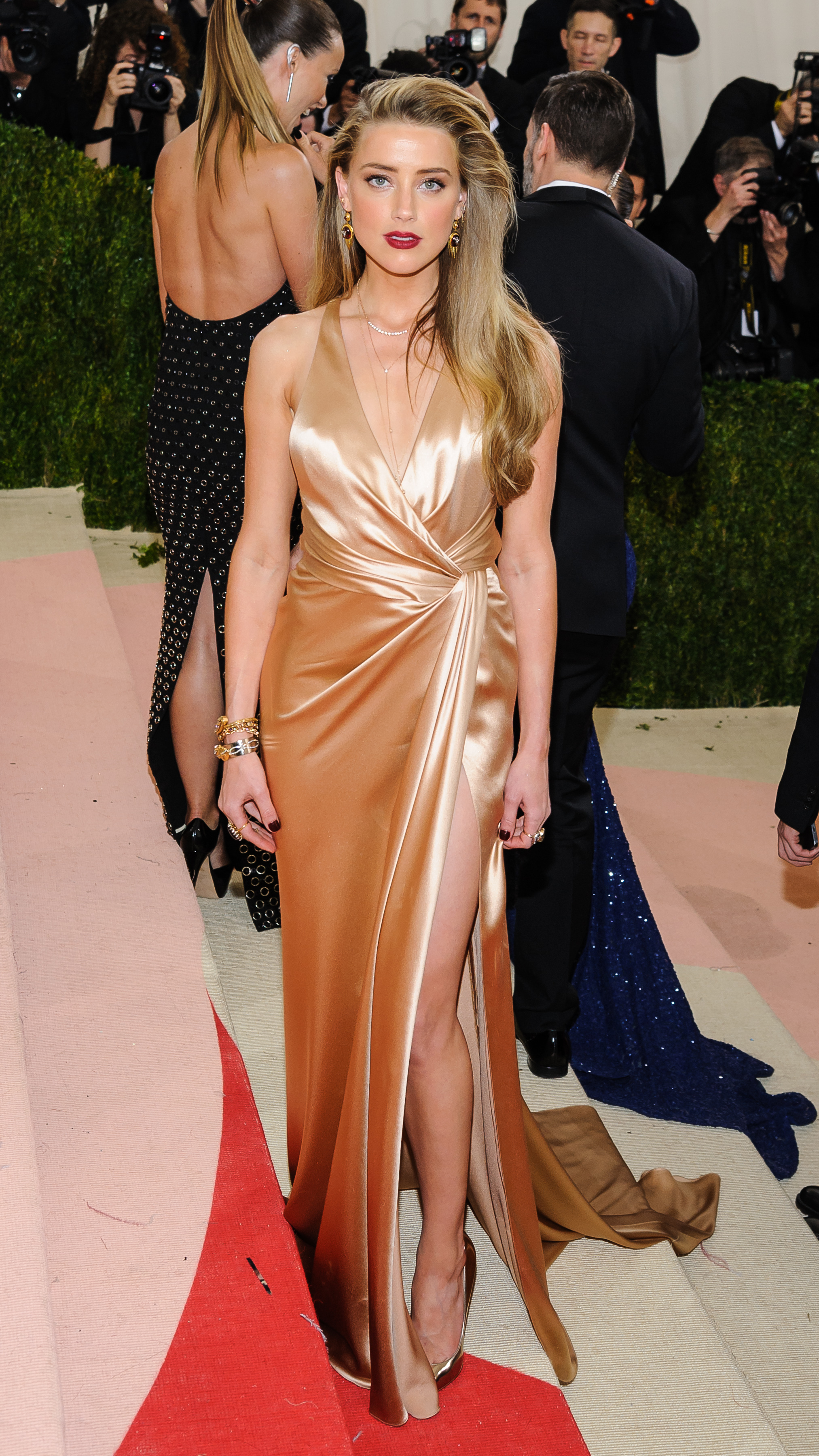 Metropolitan Museum of Art Costume Institute Gala: Manus x Machina: Fashion in the Age of Technology at the Met Museum                                    Featuring: Amber Heard                  Where: New York City, New York, United States                  When: 03 May 2016                  Credit: WENN.com