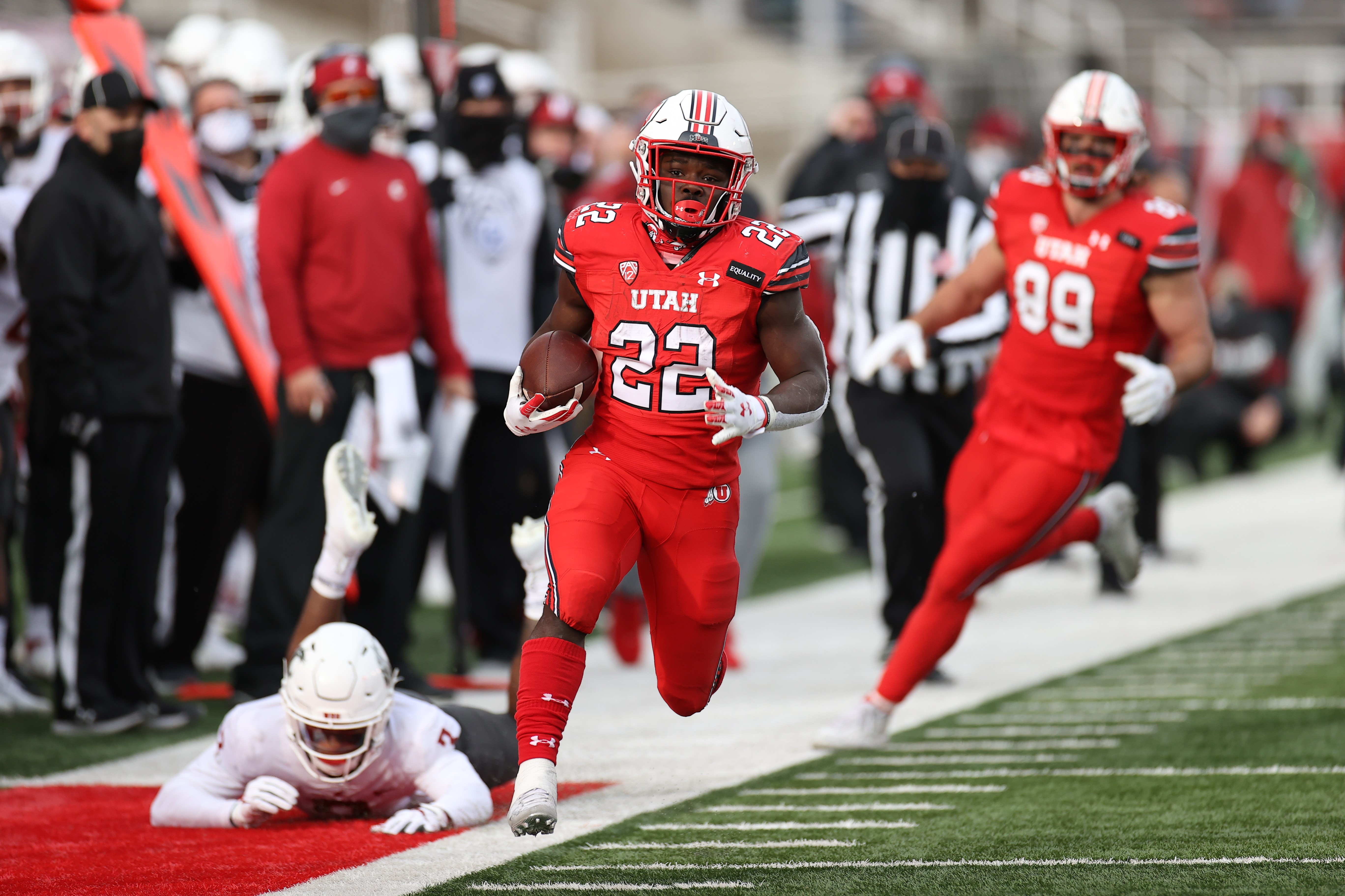 Jordan, 19, a star freshman running back for the Utes, died at a Dallas-area hospital after accidently shooting himself on Christmas day. (Photo: University of Utah)<p></p>