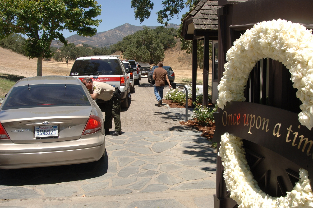 michael jackson u0026 39 s neverland ranch back on market for  67m