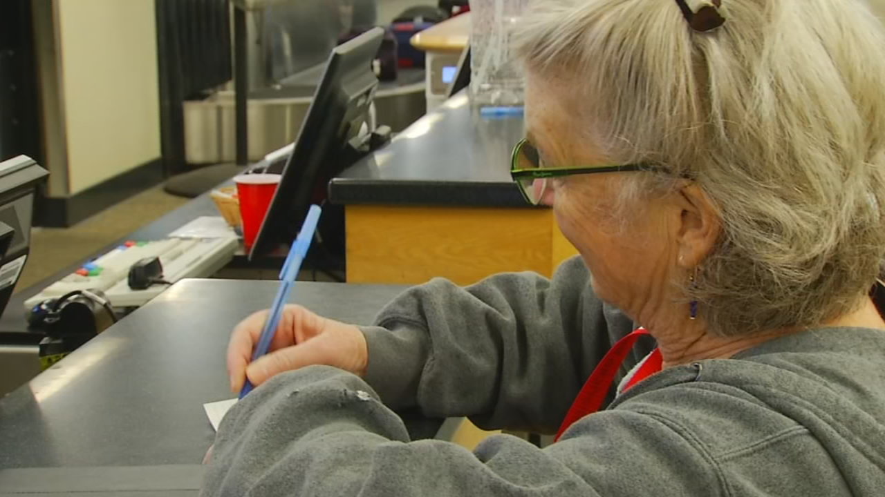 Red Cross volunteer Fran Schlesinger headed to California on Thursday to assist at a shelter. (Photo credit: WLOS staff)