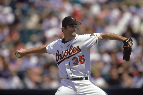 Mussina won seven Gold Glove awards and won 270 games with the Orioles and Yankees.