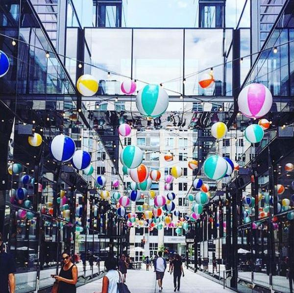 City Center has some fancy retail, but part of its popularity is due to its Instagram-ability. (Image via @kote_nich)<p></p>